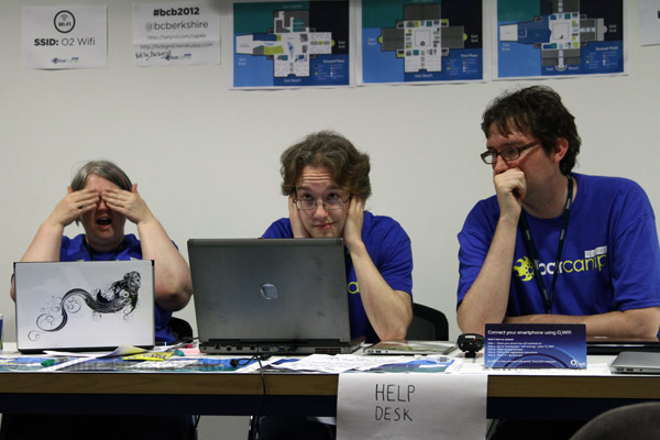 "Three Wise Monkeys ""Help"" Desk"